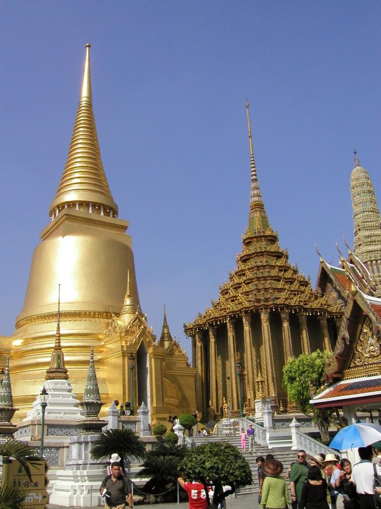 BKK2 Grand Palace Phra Siratana Chedi 1