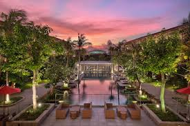 Hilton GI Bali PoolNight