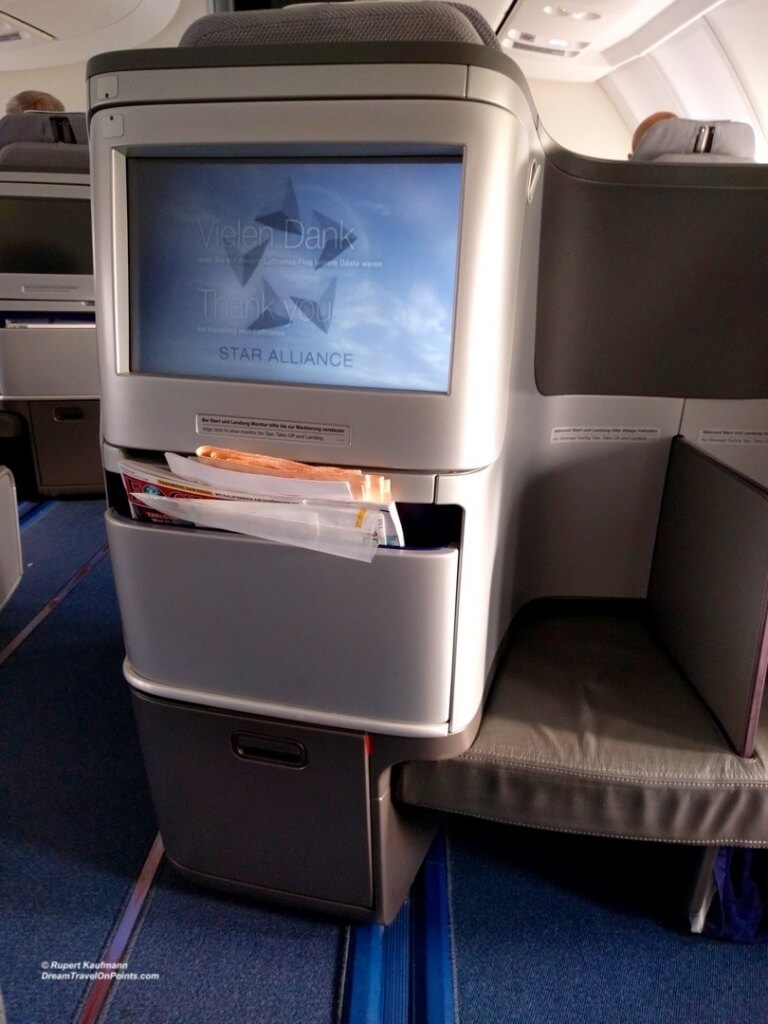LH Business Seat2