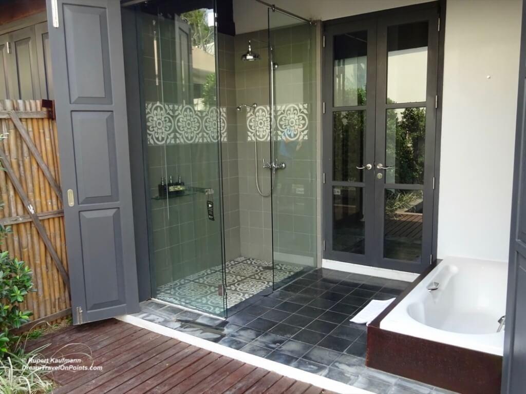 LAO Sofitel LPB BathOutdoor