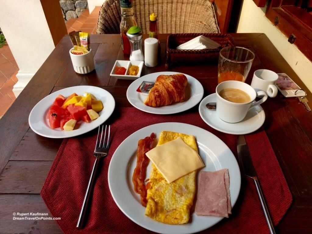 LAO VillaDeuxRivieres LPB Breakfast