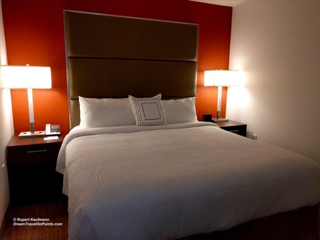 SFO ResidenceInn MenloPark Bed