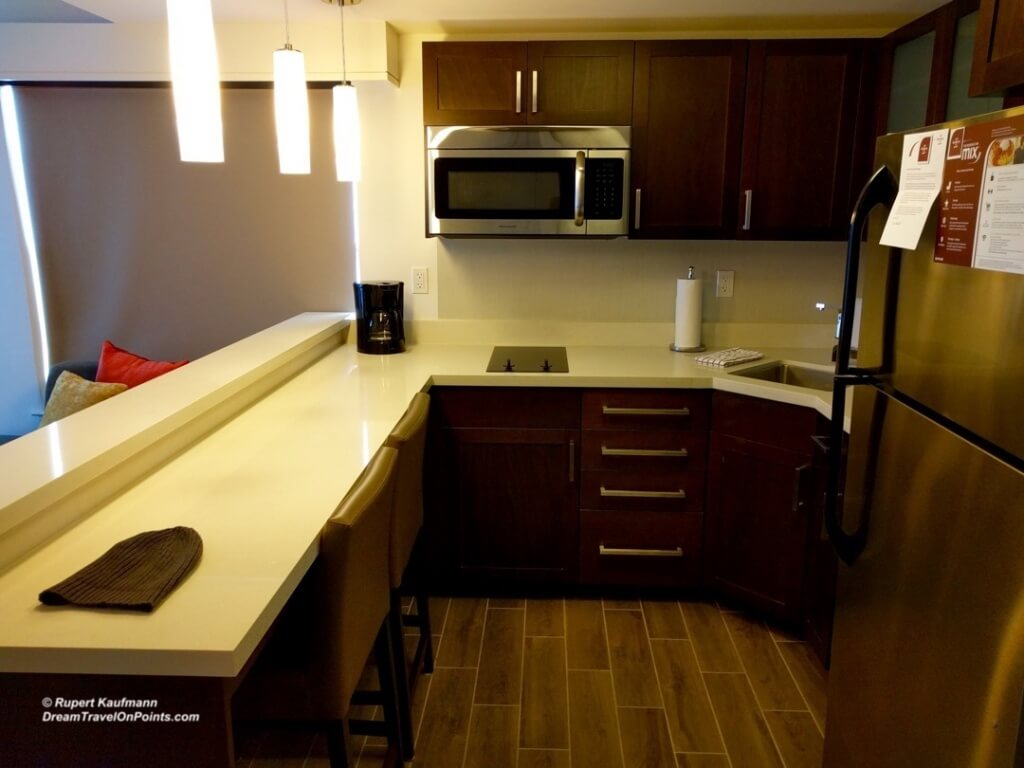 SFO ResidenceInn MenloPark Kitchen
