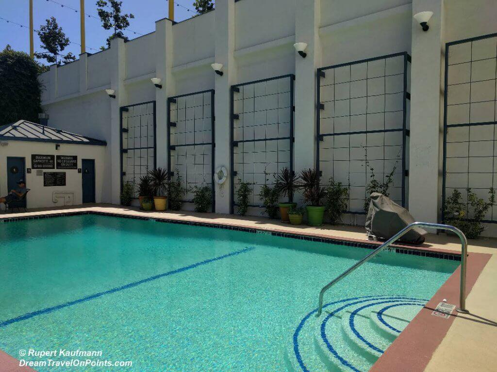 CAL WyndhamStMonica Pool1
