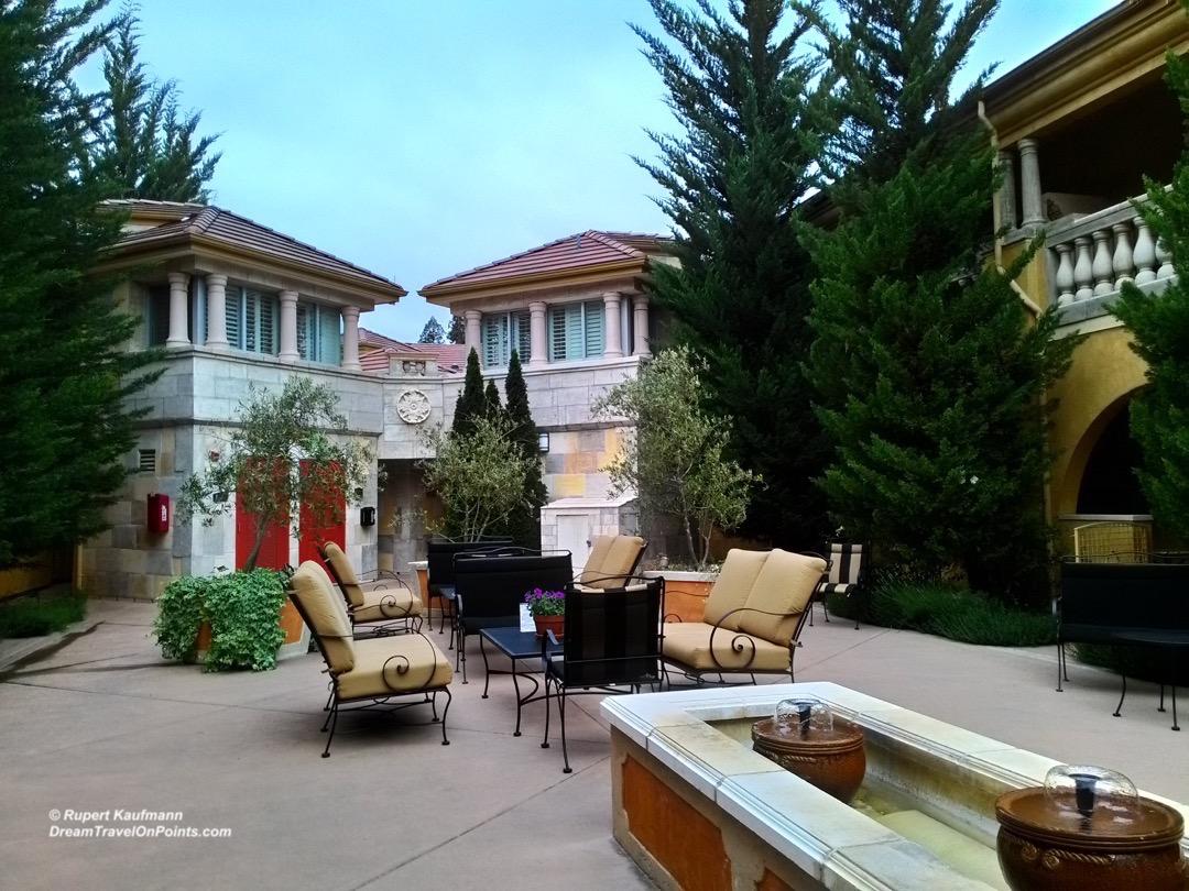 cal-bw-drycreekinn-courtyard