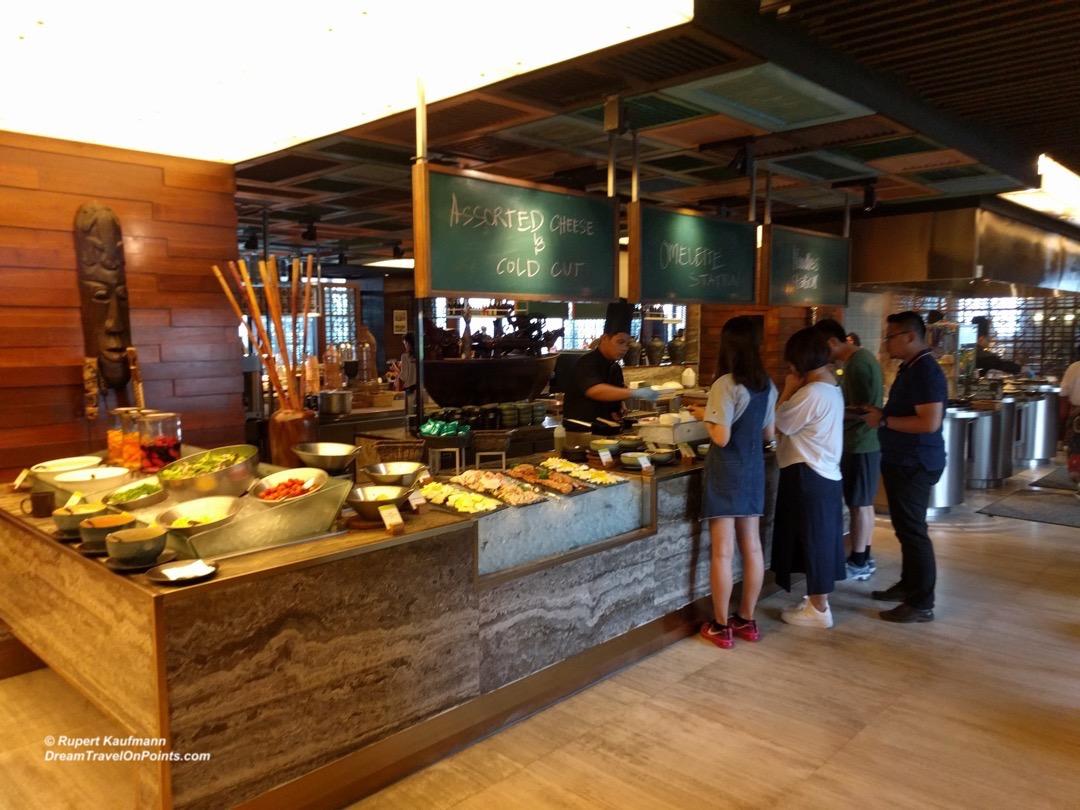 kul-doubletree-restaurant