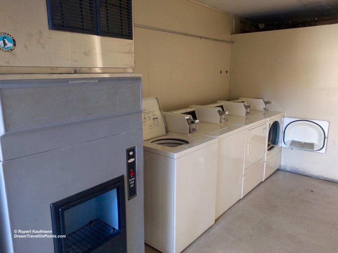 cal-rodewayinn-laketahoe-laundry