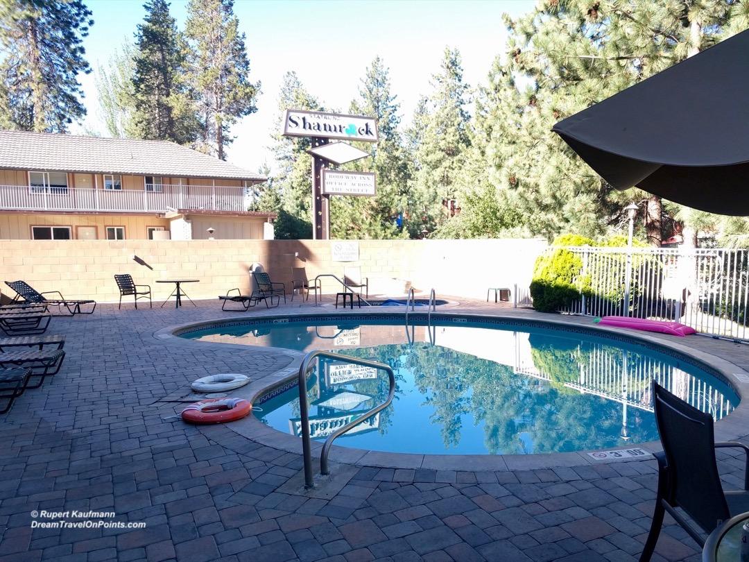 cal-rodewayinn-laketahoe-pool