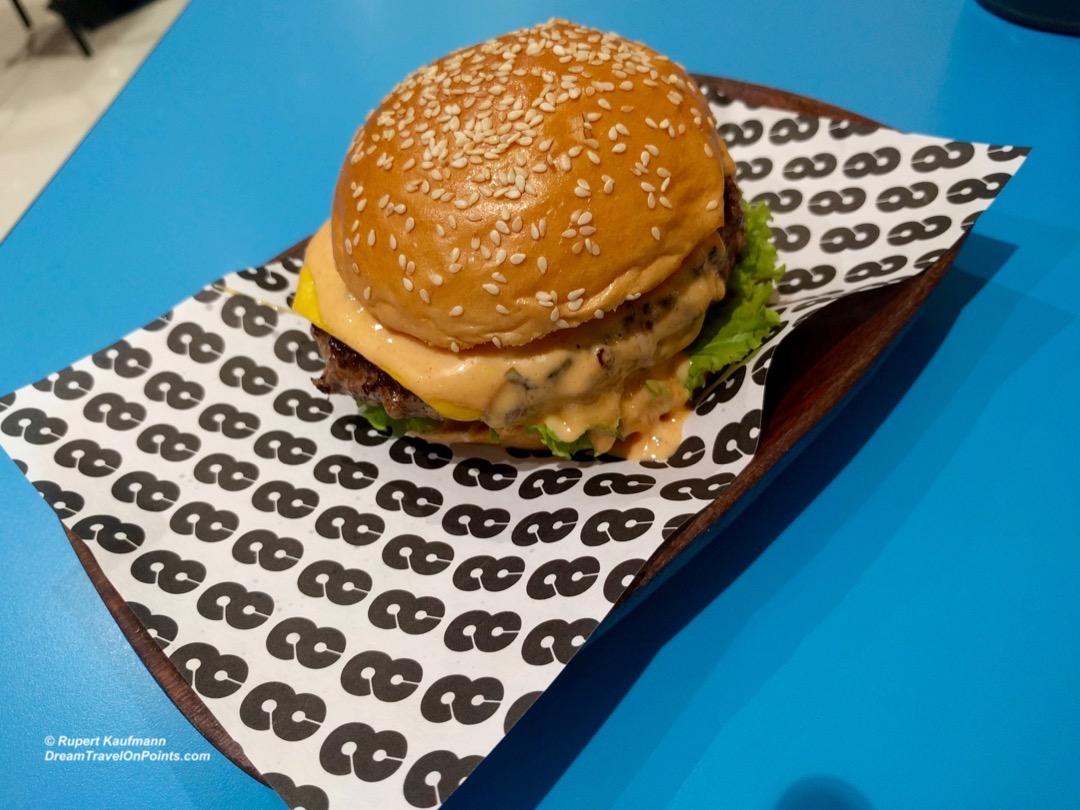 mnl-8cut-burger-3
