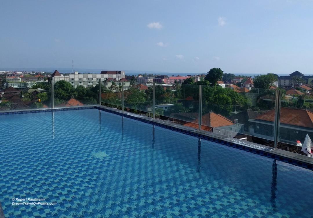 bal-ibis-legianstreet-pool