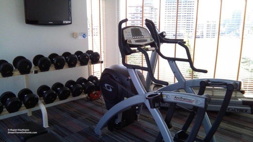 BKK ParkPlaza Sukhumvit gym