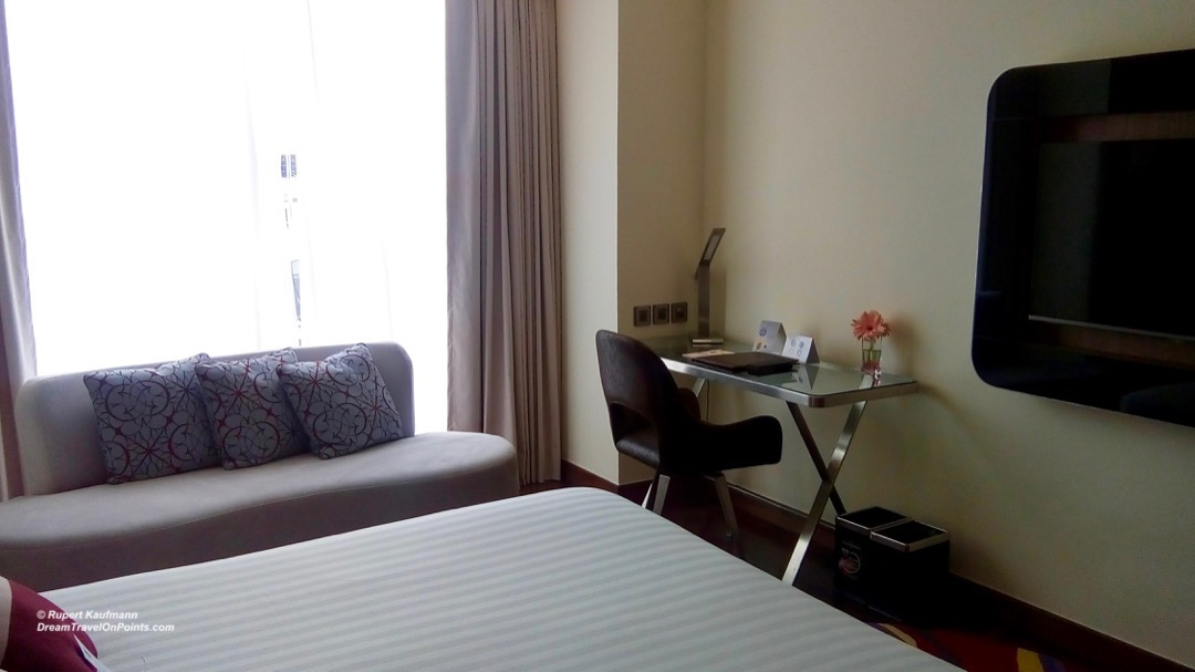 BKK Novotel S20 bed3
