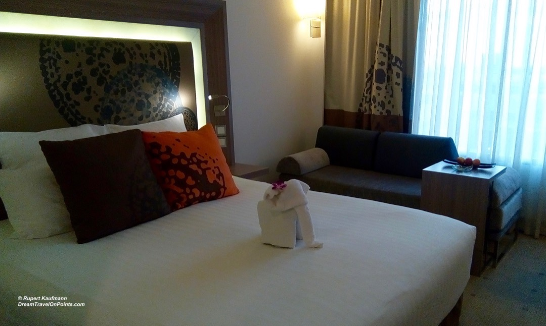 BKK NovotelSiam bed1