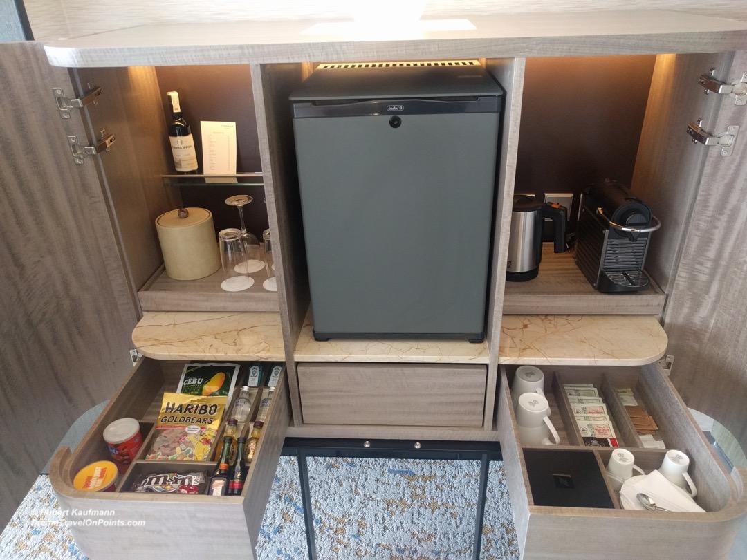 MNL Conrad Minibar