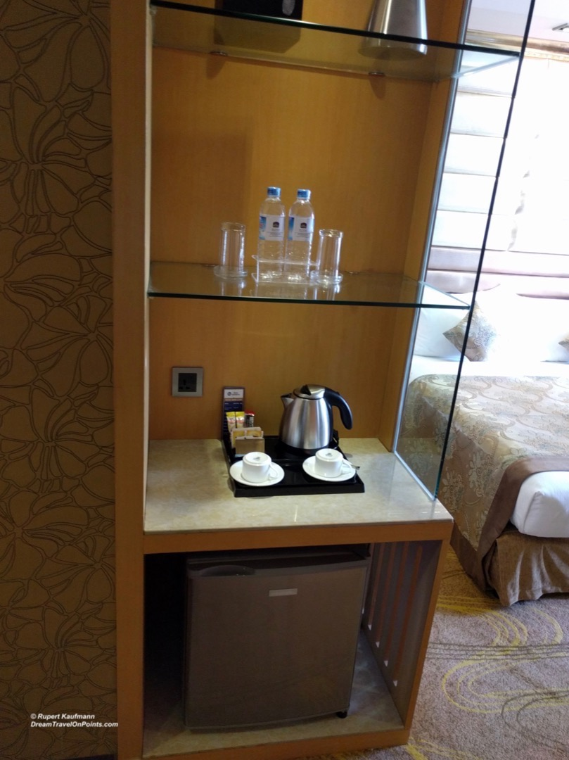 YGN BestWestern Chinatown RoomAmenities
