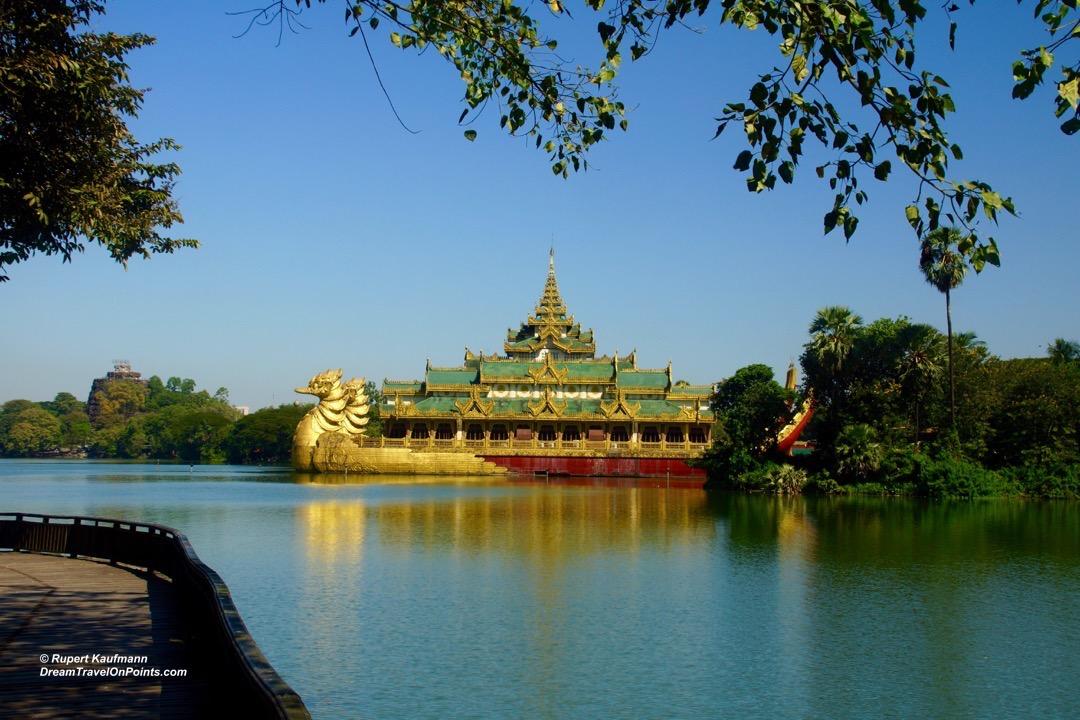YGN Karaweik Palace1
