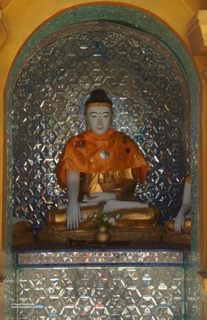 YGN Shwedagon Buddha