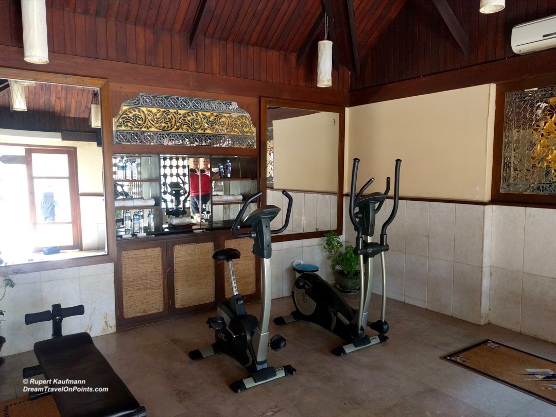 BAG AyeKarRiverView Gym