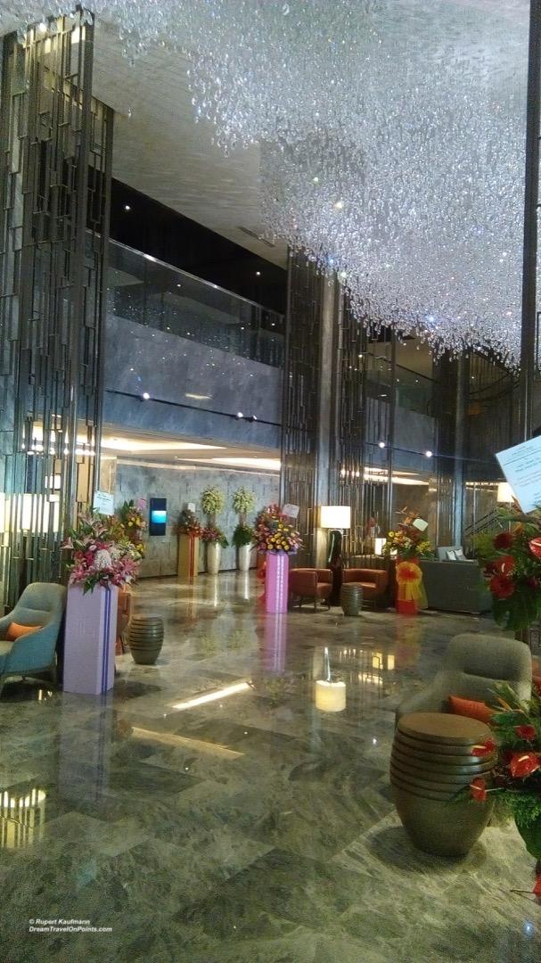 KK Hilton Lobby